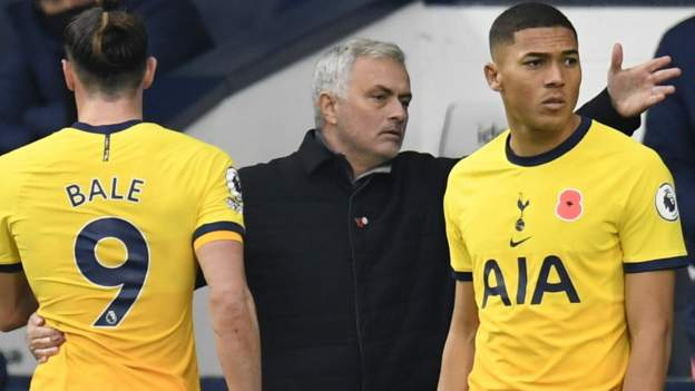 mourinho-gearing-up-for-spurs-title-challenge