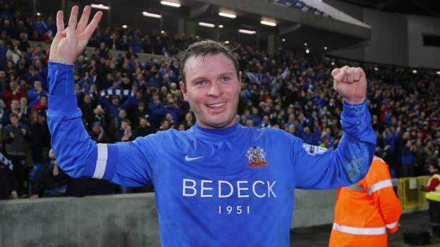 Irish Cup semi-final: Braniff scores four as Glenavon win 4-3 to make final  - BBC Sport