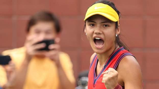 US Open 2021: Emma Raducanu wins on New York main-draw debut thumbnail
