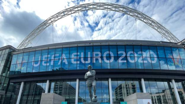 Euro 2020: Vaccine passports to be used at Wembley group fixtures - BBC Sport thumbnail