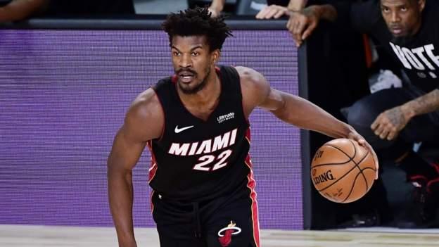 NBA Finalleri: Miami Heat, Los Angeles Lakers'ı 115-104 yenerek üçüncü maça çıkarken Jimmy Butler başrolde