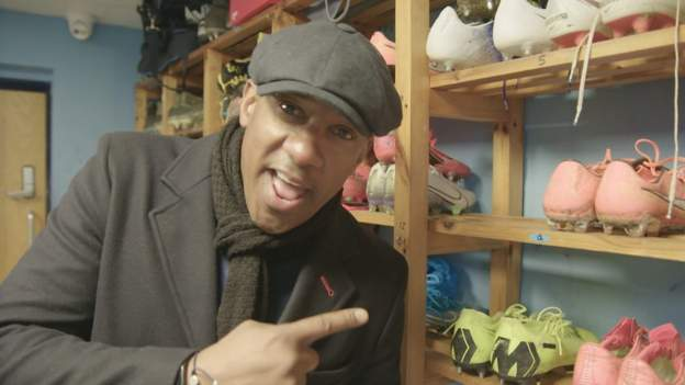 Coventry City: Dion Dublin visits former club Coventry thumbnail
