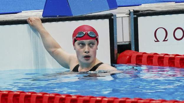 Tokyo Paralympics: Ellie Robinson's 'story of triumph not defeat'