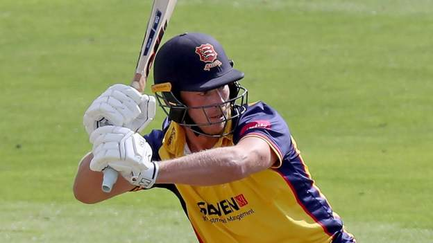 T20 Blast: Essex keep knockout hopes alive, Middlesex edge out Kent thumbnail