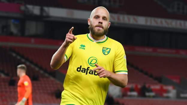Stoke City 2-3 Norwich City: Teemu Pukki double as Emi Buendia sent off - bbc