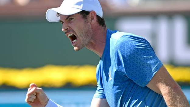 Indian Wells: Andy Murray beats Carlos Alcaraz in three sets to reach third round - BBC Sport