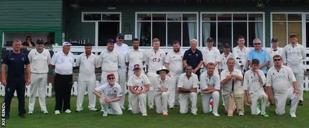 Full Warwickshire and Derbyshire team photo