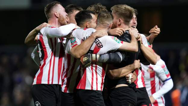 Queens Park Rangers 0-0 Sunderland (1-3 pens): League One side into quarters