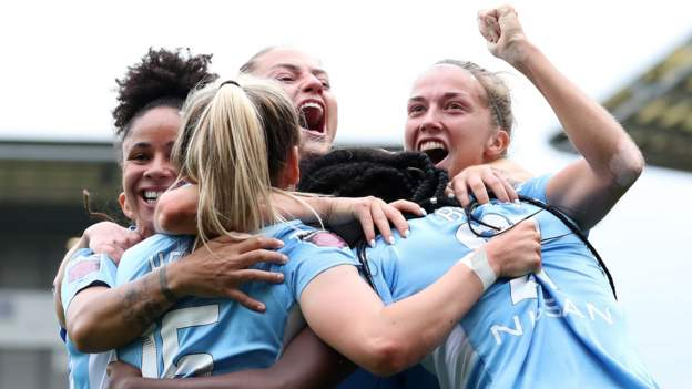 WSL: Manchester derby draws record TV audience on BBC One