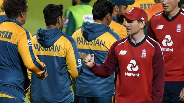 England withdraw from Pakistan tour