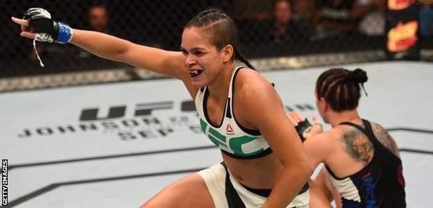 Amanda Nunes beats Sara McMann in 2015