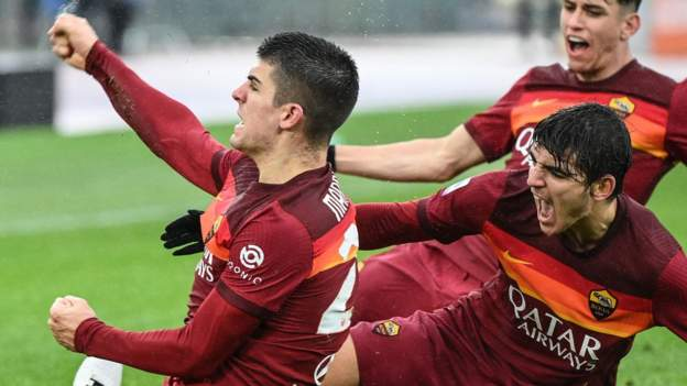 late-roma-leveller-hinders-inter-title-bid