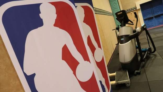 'Significant spread' of coronavirus would shut down NBA thumbnail