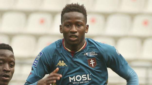 Spurs sign 18-year-old Pape Matar Sarr from Metz