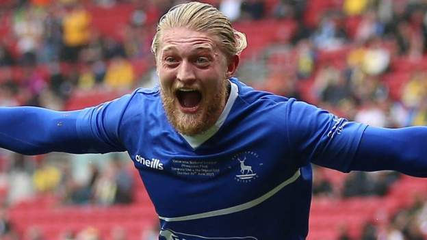 National League promotion final: Hartlepool United 1-1 Torquay United (aet) - Pools win 5-4 on penalties as Gulls keeper scores late equaliser - bbc