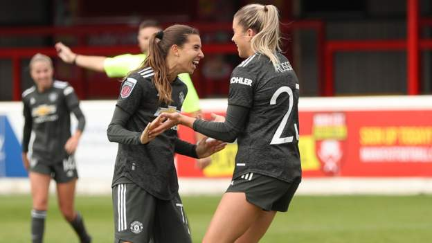 Women's Super League: West Ham United 2-4 Manchester United