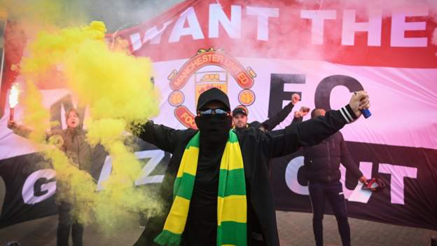 Manchester United protests: Emotions have been simmering for 16 years