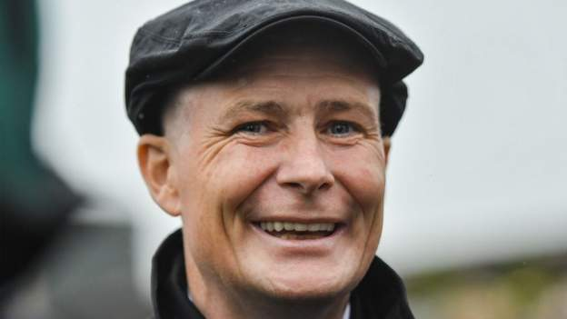 Pat Smullen: Nine-time Irish champion jockey dies at 43 thumbnail