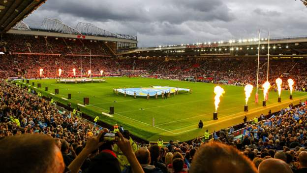 Super League Grand Final: Old Trafford will not host game for the first time
