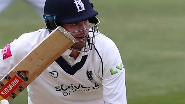 Dom Sibley: Warwickshire and England opener missed two games with a broken finger