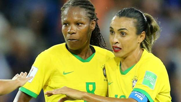 Brazil gives equal pay to men's and women's national players thumbnail