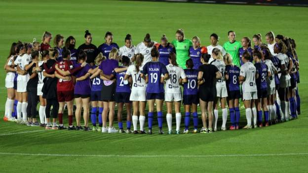 NWSL players halt matches in display of solidarity amid sexual misconduct allegations