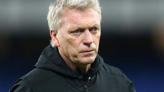 dont-pick-on-footballers-moyes