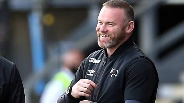 FA Vase: Sesi latihan kejutan Wayne Rooney mempersiapkan Warrington Rylands untuk Wembley thumbnail