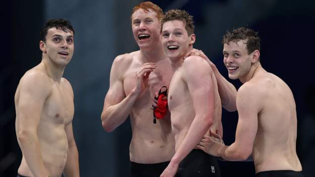 GB win Olympic gold in 4x200m freestyle