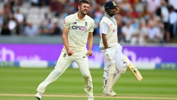 Mark Wood: England bowler out of third Test with shoulder injury