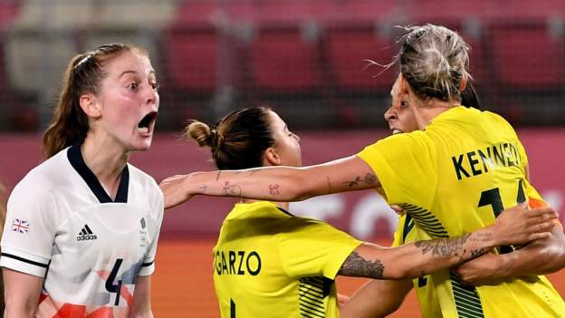 Australia knock out GB after extra time