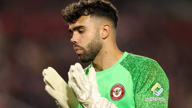 David Raya: Brentford goalkeeper out for 'four to five months'