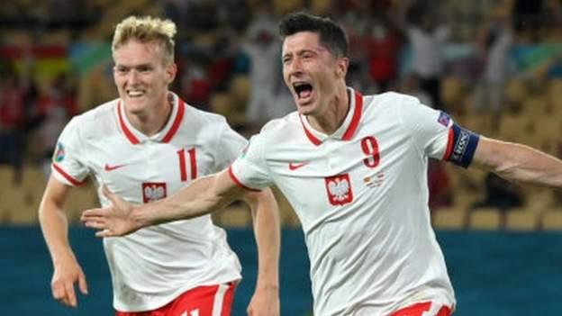 Spain 1-1 Poland: Robert Lewandowski scores as Spain draw again