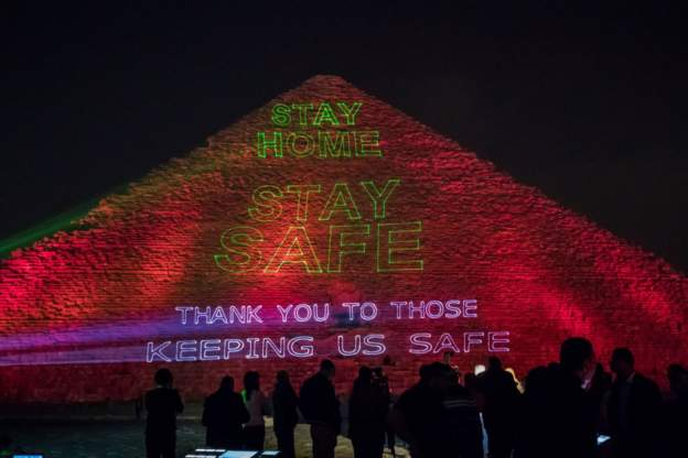 Egypt beams messages of solidarity on Great Pyramid