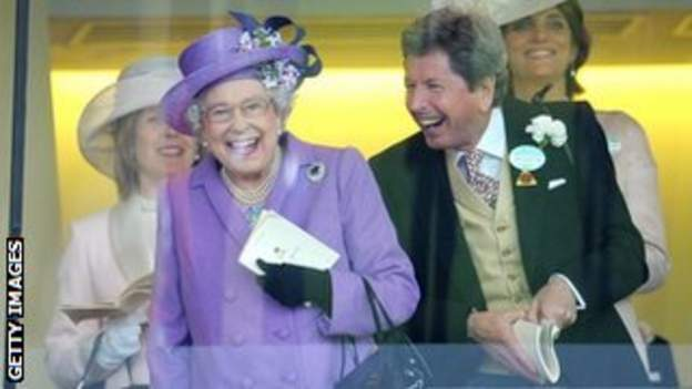 The Queen and racing manager John Warren at Royal Ascot