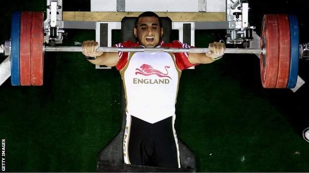 British IPC powerlifter Ali Jawad in action in Delhi in 2010