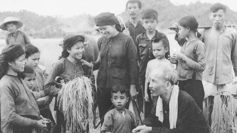 Chủ tịch Hồ Chí Minh, chụp khoảng cuối năm 1953