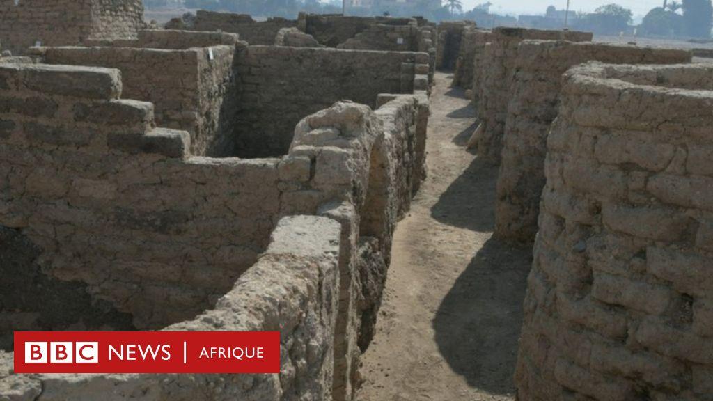 """Une """"cité d'or perdue"""" vieille de 3 000 ans découverte en Egypte - BBC News Afrique"""