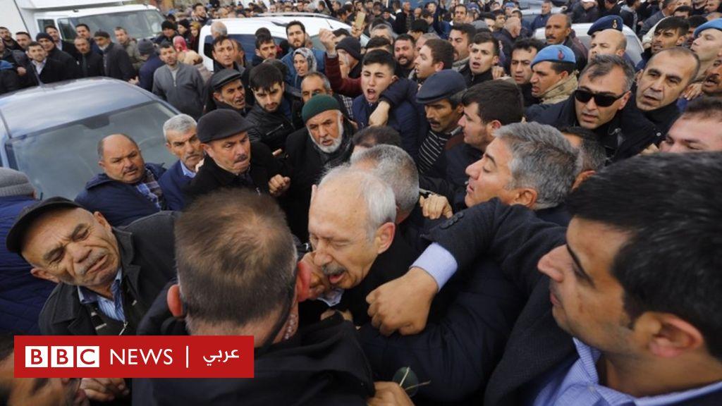 الاعتداء على زعيم المعارضة التركية خلال جنازة عسكرية في أنقرة
