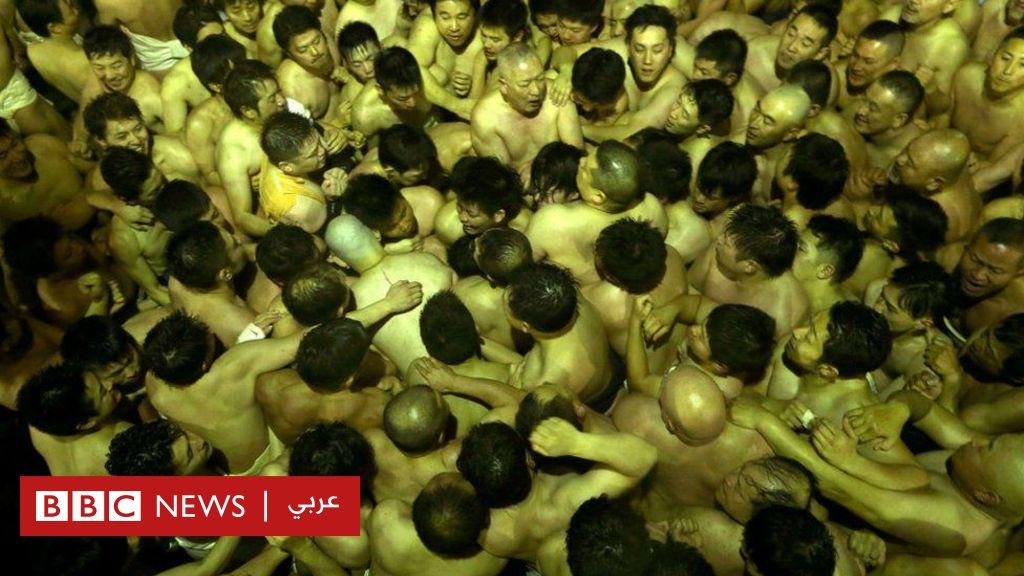 بالصور: آلاف اليابانيين