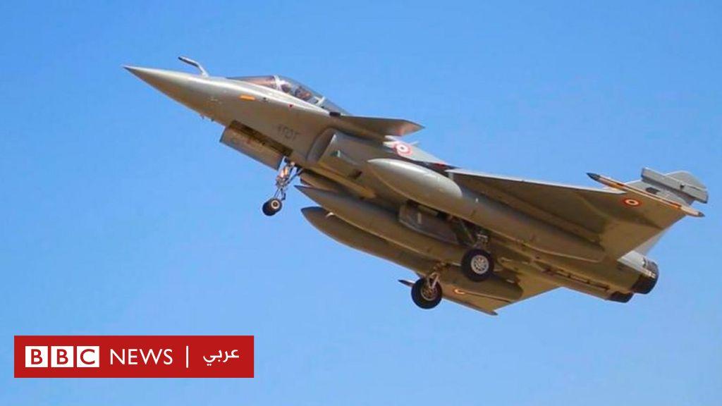 """مصر توقع عقدا مع فرنسا لشراء 30 طائرة حربية من طراز """"رافال"""" - BBC News عربي"""
