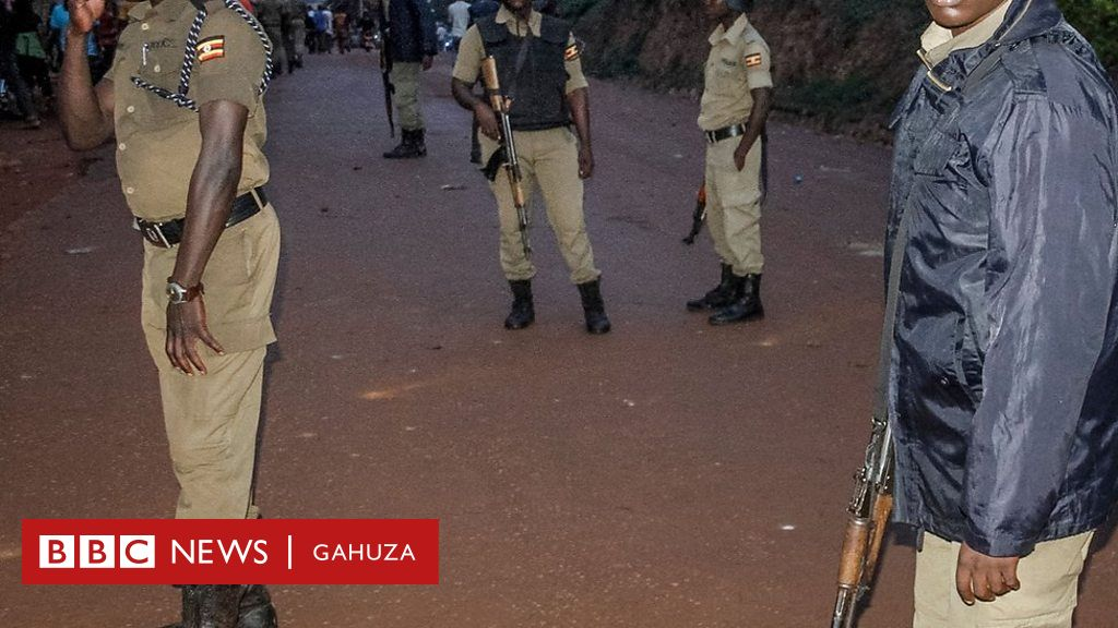 Uganda mini-skirt ban: Protests after women are assaulted