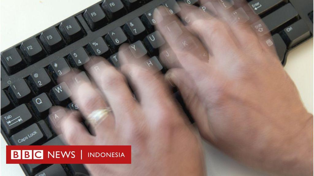 Mengapa Kita Menggunakan Qwerty Pada Keyboard Komputer Bbc News Indonesia