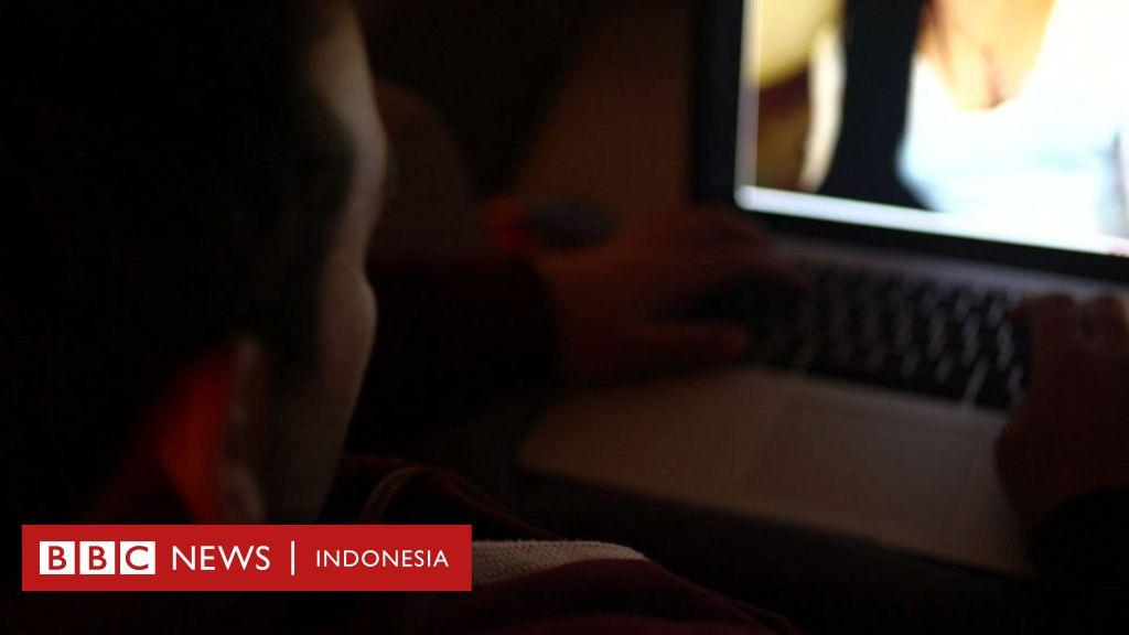 Bagaimana menjebak pria Arab dengan seks daring dan memerasnya