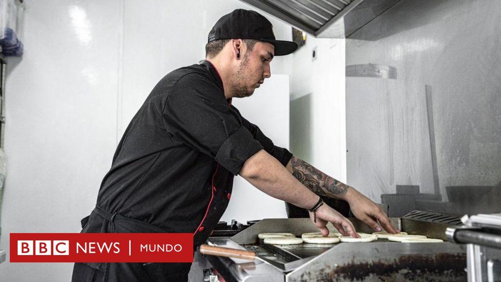"""Qué son las """"cocinas fantasma"""" y cómo este negocio está creciendo en América Latina"""