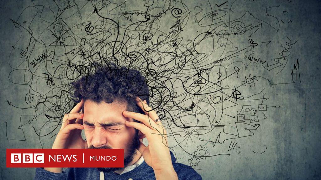 """El psiquiatra que dice que el """"síndrome del pensamiento acelerado"""" es el mal de este siglo - BBC News Mundo"""