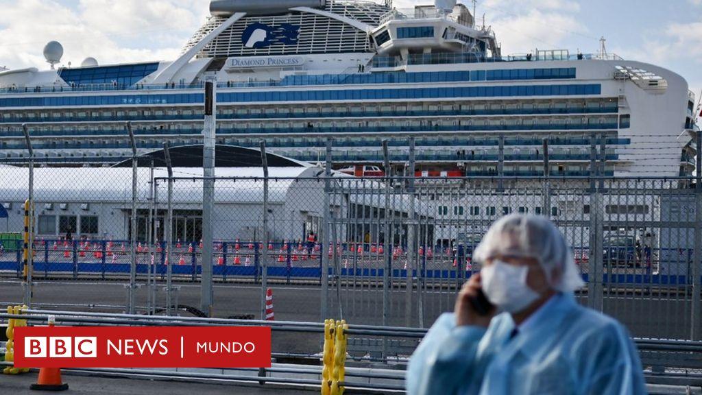 """Termina la """"angustiante"""" cuarentena del Diamond Princess, el crucero que se volvió el lugar con más casos de coronavirus fuera de China"""