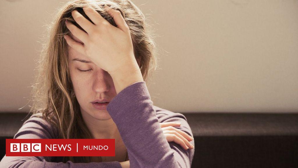 Pequeños dolores de cabeza por toda la cabeza