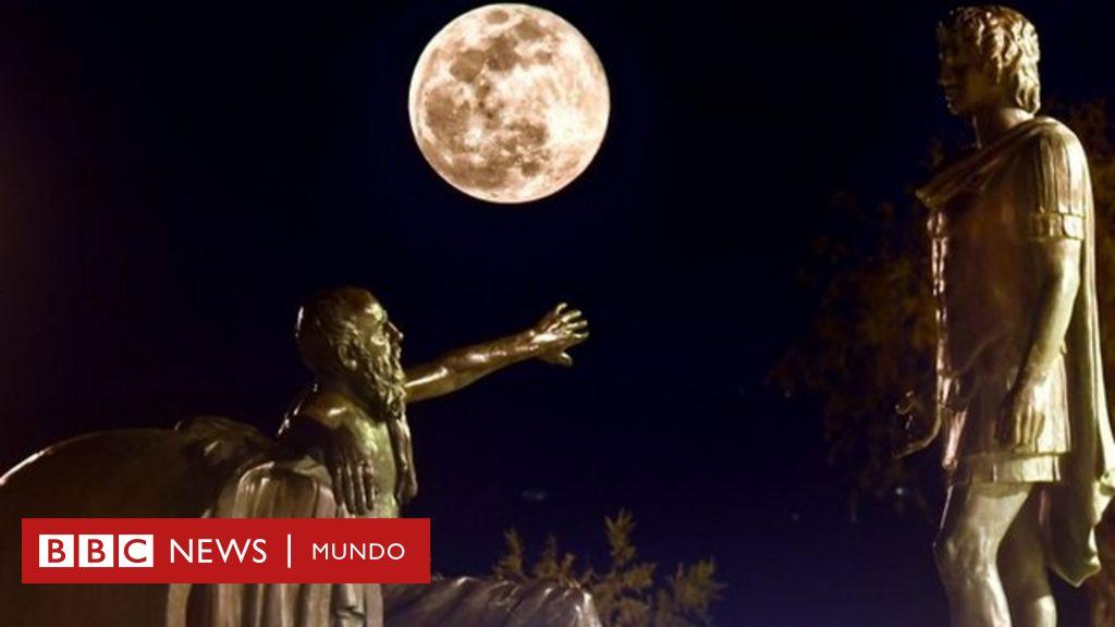 """Qué es la """"Luna de Nieve"""" que iluminará el cielo este fin de semana"""