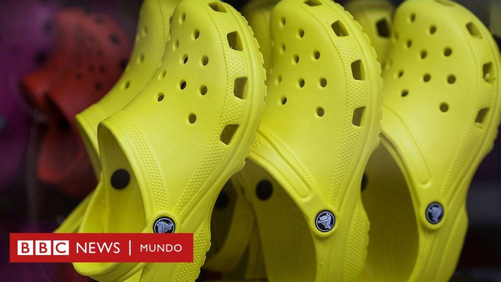 e438df39 ¿Te parecen feas las sandalias Crocs? Ese es exactamente el secreto de su  éxito - BBC News Mundo